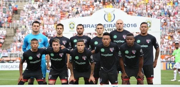 Time paulista leiloou uniformes especiais que atletas utilizaram em jogo do Brasileirão