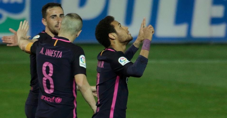 Neymar comemora seu 100º gol com a camisa do Barcelona