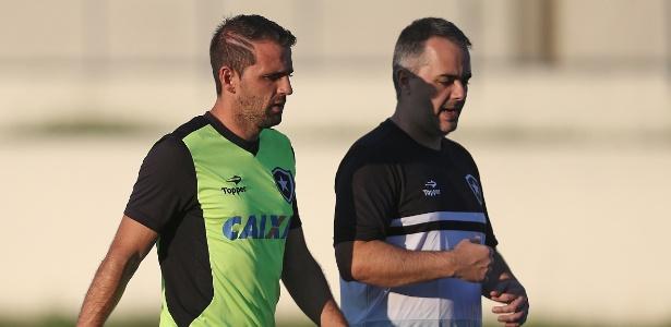 Montillo faz atividades de transição e se aproxima do retorno aos gramados pelo Botafogo