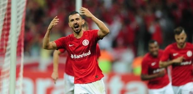 Uendel valorizou vitória do Inter diante do Náutico, em Caruaru, neste sábado (23)