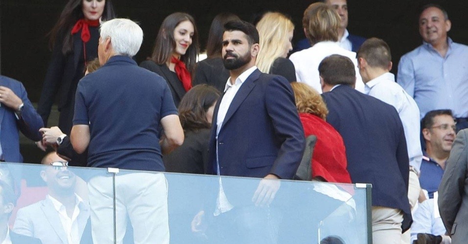 Diego Costa nas tribunas do estádio do Atlético de Madri