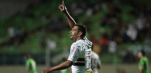 Agora centroavante, Diego Souza marcou nos últimos cinco jogos do São Paulo