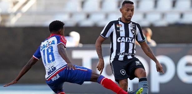 Gilson, do Botafogo, em ação durante jogo contra o Bahia - Vítor Silva/SSPress/Botafogo