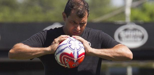 Time em crise | Carille só deixa o Corinthians se pedir demissão