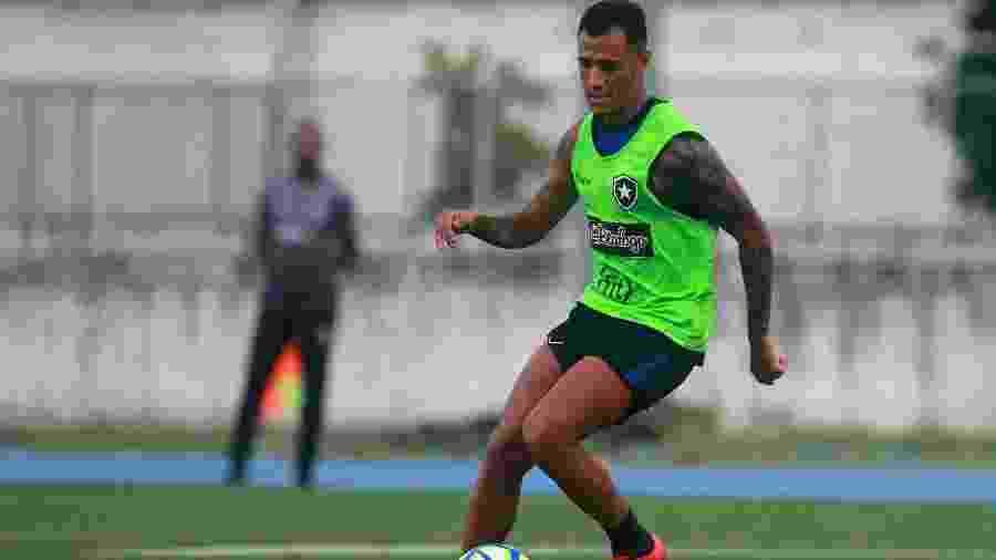 Victor Lindenberg tem contrato até dezembro, mas não teve chance no Botafogo - VITOR SILVA/BOTAFOGO