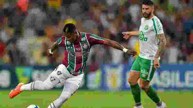 Yony Gonzalez, do Fluminense, durante partida contra a Chapeconse pelo Brasileirão - Thiago Ribeiro/AGIF