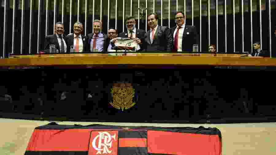 Sessão solene em homenagem aos 124 Anos do Flamengo na Câmara dos Deputados contou com o presidente do clube Luiz Rodolfo Landim e o deputado Alexandre Frota  - Renato Costa/Estadão Conteúdo