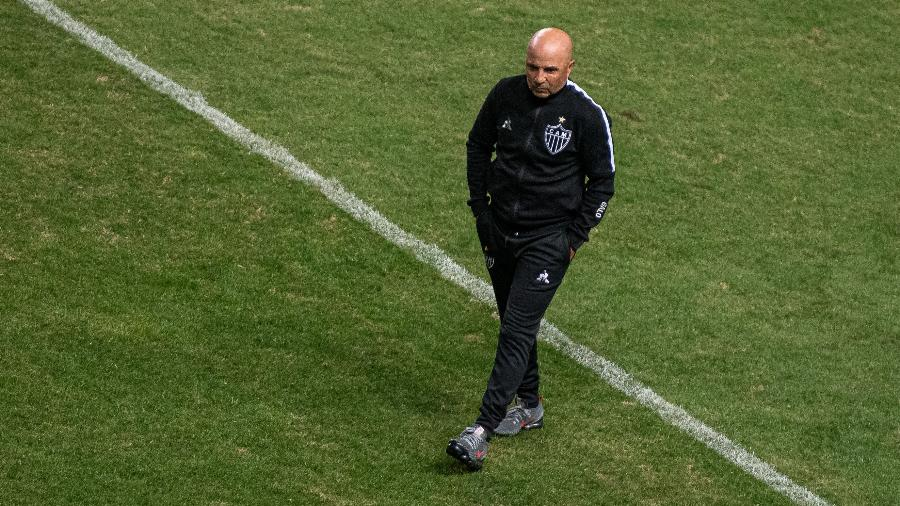 O Atlético-MG, do técnico Jorge Sampaoli, ficou em 3º no Brasileirão e aumentou seu jejum de título no Brasileirão - Alessandra Torres/AGIF