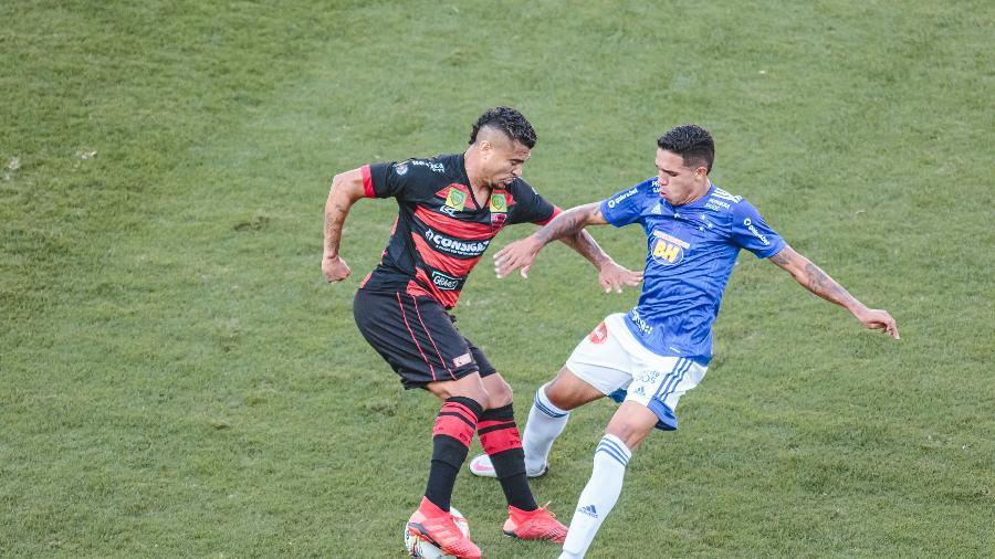 Em outro jogo ruim, Cruzeiro só ficou no empate e segue muito mal na Série B - Diogo Reis/AGIF