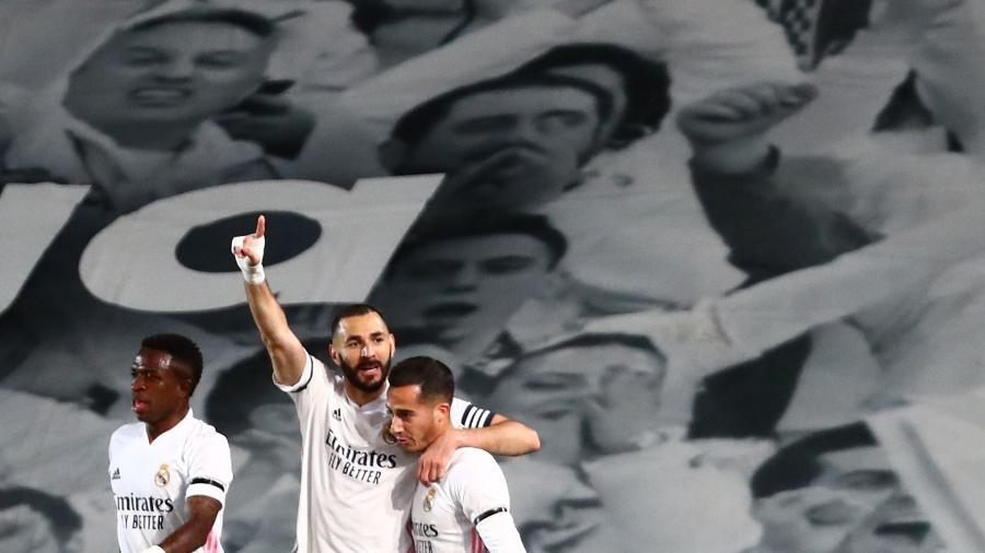 Benzema marcou dois gols na partida do Real Madrid contra o Cádiz - SERGIO PEREZ/REUTERS