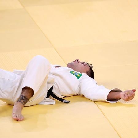 Daniel Cargnin reage a derrota para o japonês Hifumi Abe nas Olimpíadas de Tóquio - Gaspar Nóbrega/COB
