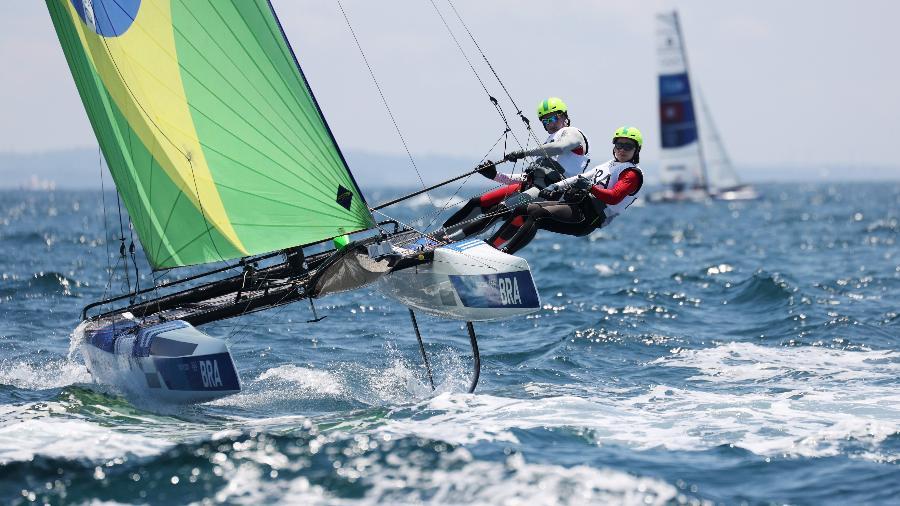 Samuel Albrecht e Gabriela Nicolino não foram bem na última regata da classe mista Nacra 17 - Phil Walter/Getty Images