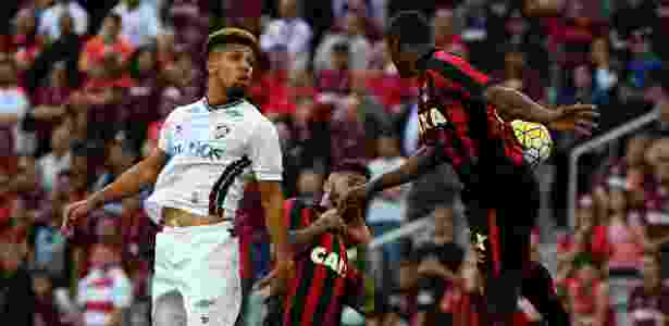 Disputa aérea em CAP x Flu - Nelson Perez/Fluminense FC - Nelson Perez/Fluminense FC