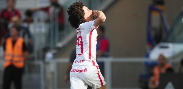 Valdivia voltou de lesão mas não foi suficiente para evitar má fase do Inter
