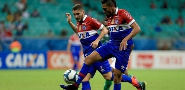 Hernane marcou um golaço e abriu o placar na Fonte Nova