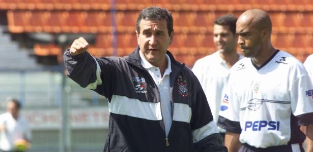 Parreira treinou o Corinthians durante toda temporada 2002