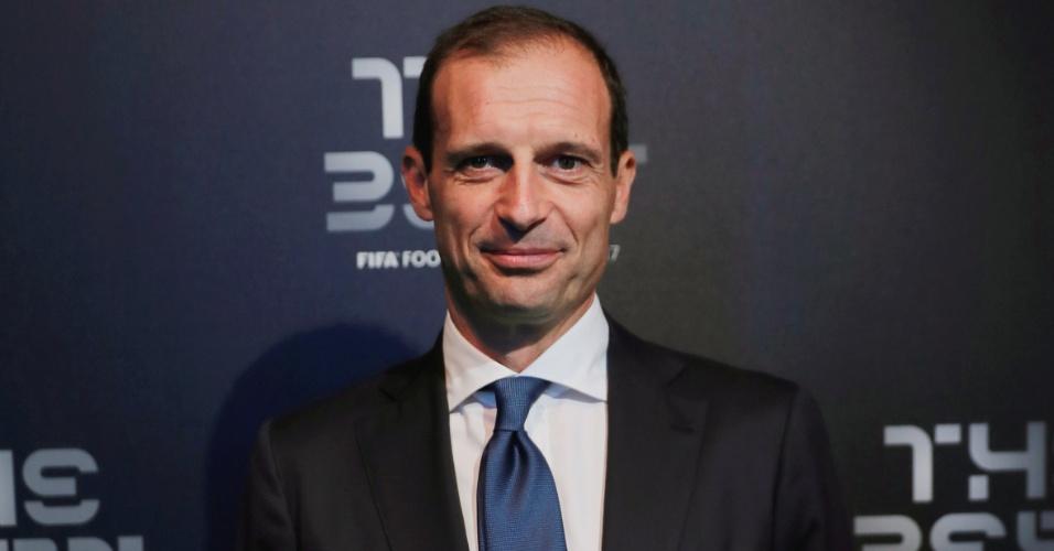 Massimiliano Allegri, técnico da Juventus, posa antes do início do prêmio da Fifa