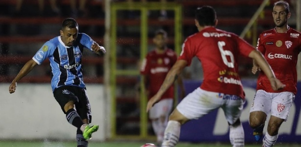Tricolor cedeu o empate aos 46 minutos do segundo tempo; Paulo Miranda foi expulso