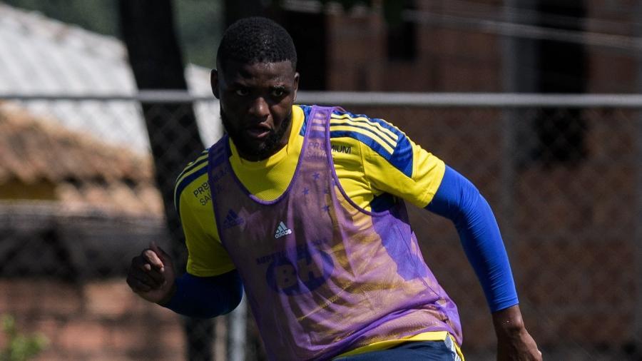 Lucas Ventura abandona apelido de Nonoca e quer escrever nova história com a camisa celeste - Gustavo Aleixo/Cruzeiro