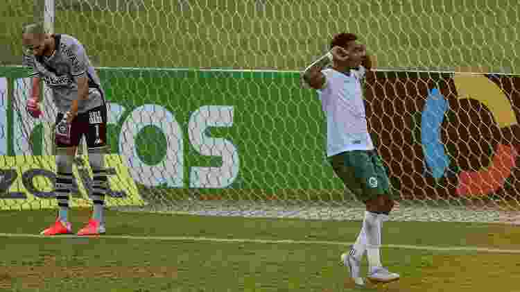 Michel Douglas comemora gol do Boavista contra o Vasco pela Copa do Brasil - Thiago Ribeiro/AGIF - Thiago Ribeiro/AGIF