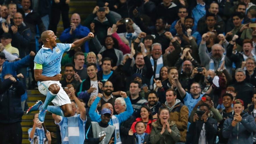 Kompany comemora após marcar pelo Manchester City contra a Juventus - Phil Noble/Reuters