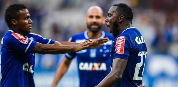 Vitória de virada já garante o Cruzeiro na semi. Meta agora é manter a liderança - Juliana Flister/Light Press/Cruzeiro