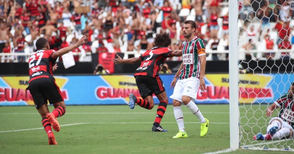 Willian Arão comemora gol sobre o Fluminense na Taça Guanabara