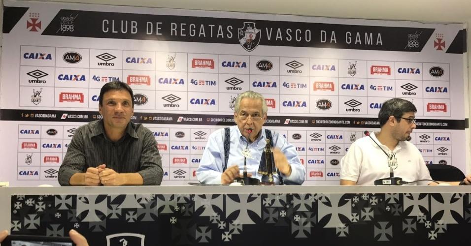 Zé Ricardo é apresentado pelo presidente Eurico Miranda como novo técnico do Vasco