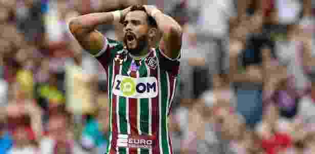 Henrique Dourado é desejo do Grêmio, que monitora situação do goleador do Brasileiro - Thiago Ribeiro/AGIF