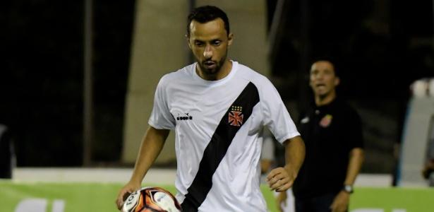 O veterano Nenê já disputou uma partida pelo Vasco nesta temporada