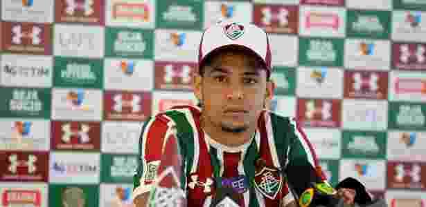 Luciano pode fazer a sua estreia com a camisa tricolor - Lucas Merçon/Fluminense