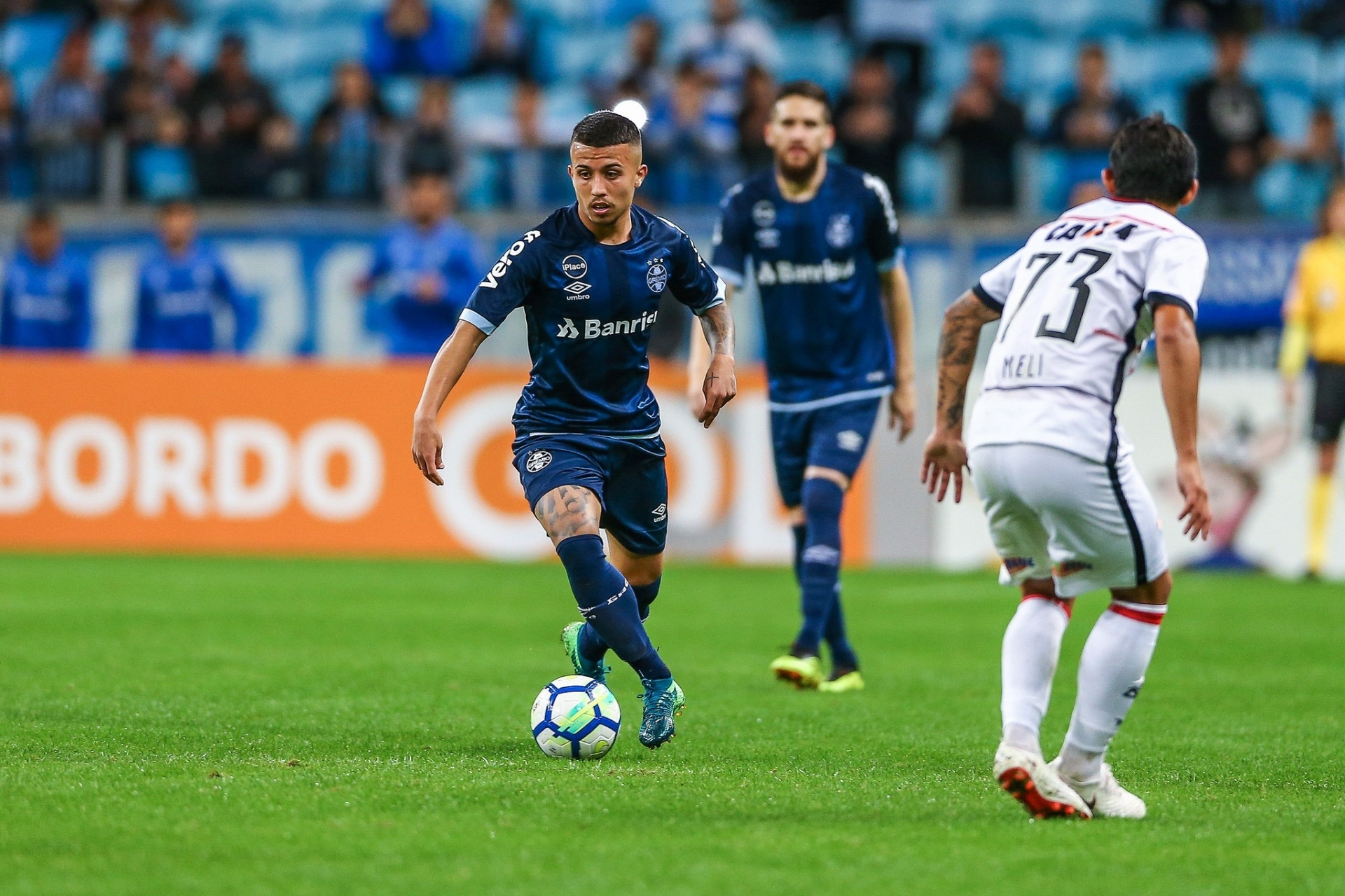Grêmio confirma inscrição de Jean Pyerre e M. Henrique na Libertadores -  13 09 2018 - UOL Esporte 81374c7a23649