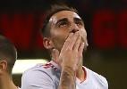 Atacante que pertence ao Barça brilha, e Espanha atropela País de Gales - GEOFF CADDICK / AFP