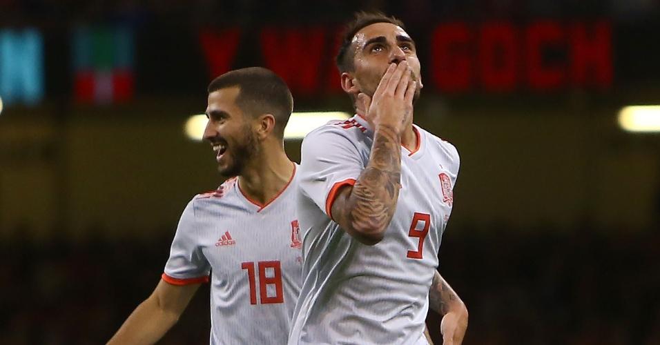 Paco Alcácer comemora gol marcado pela Espanha contra País de Gales
