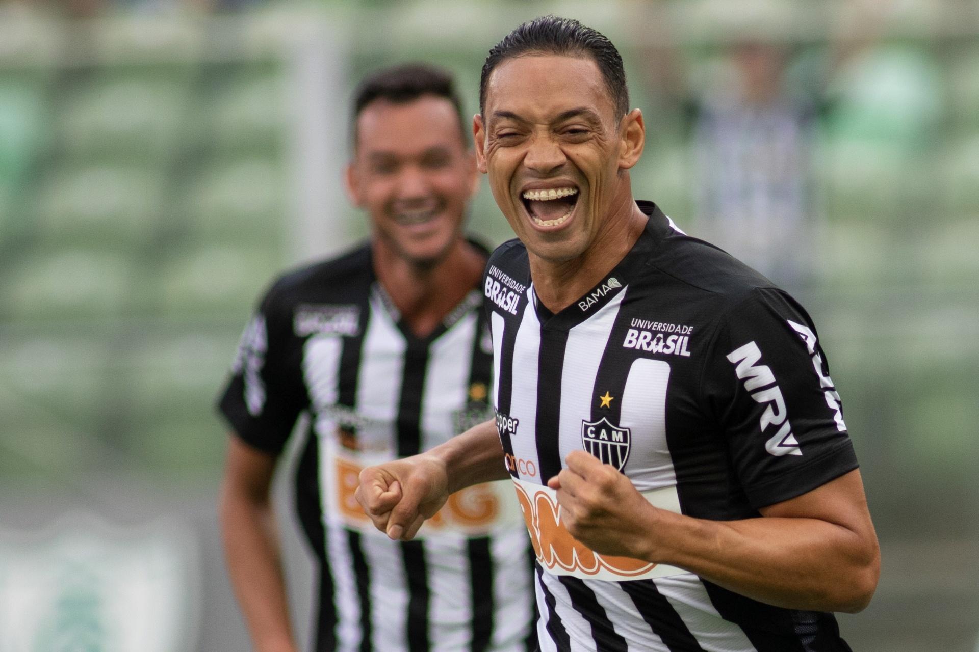 Ricardo Oliveira faz três 73ae6f9515f41