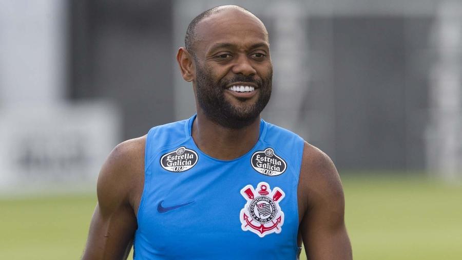 Vagner Love pode voltar a ser titular do Corinthians no clássico contra o Santos, no domingo (10) - Daniel Augusto Jr/Ag. Corinthians