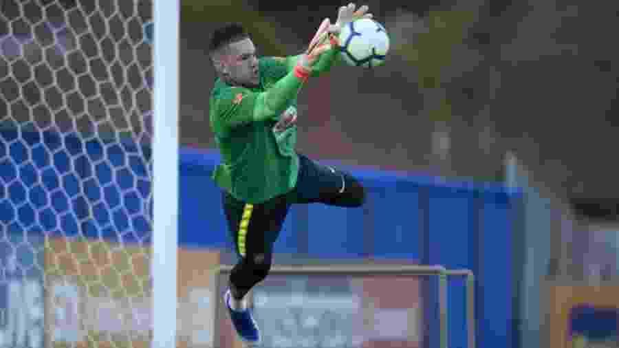 Ederson, em treino da seleção brasileira antes da Copa América - Lucas Figueiredo/CBF