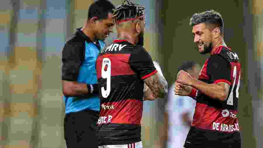 Arrascaeta, do Flamengo, comemora seu gol contra o Bangu, no Carioca - Thiago Ribeiro/AGIF