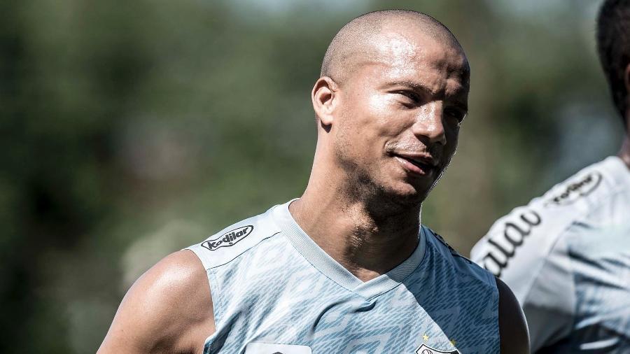 Carlos Sánchez ainda negocia sua renovação - Ivan Storti/Santos FC