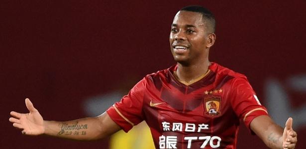 Robinho está sem clube desde que rescindiu com o Guangzhou Evergrande