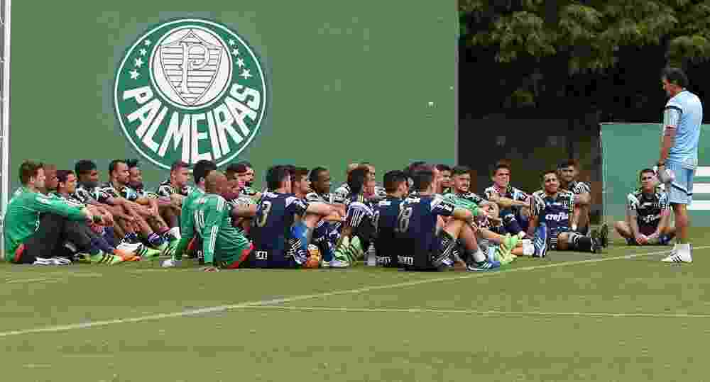 Jogadores do elenco do Palmeiras se reúnem na chegada de Cuca ao clube - Cesar Greco/Ag Palmeiras