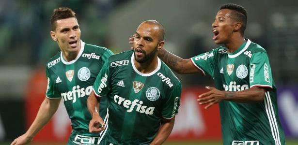 Alecsandro detalhou como será comemoração de gol histórico