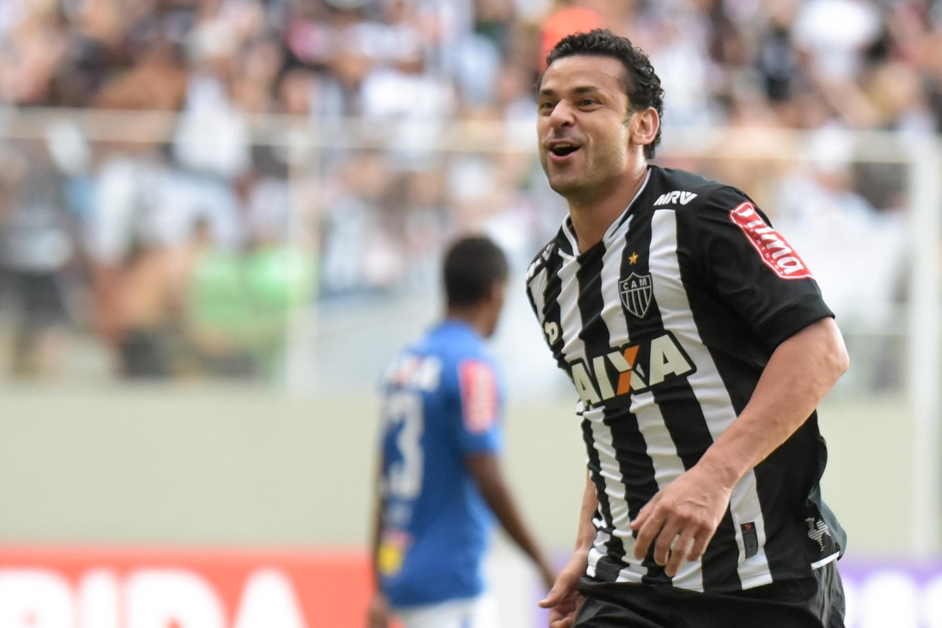 ec64a30779 Fred marca pela 1ª vez pelo Atlético-MG e comemora gol contra o Cruzeiro -  12 06 2016 - UOL Esporte
