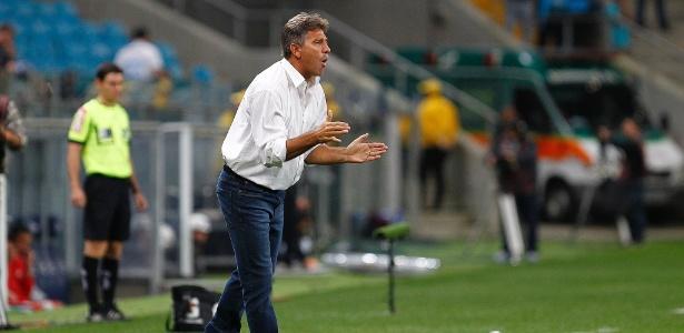 Renato Gaúcho comanda o Grêmio em sua segunda partida, neste domingo - LUCAS UEBEL/GREMIO FBPA