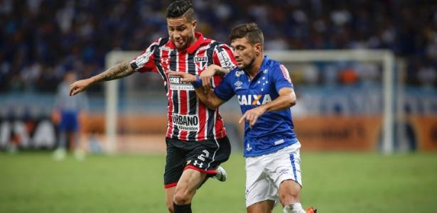 Bruno durante partida do São Paulo contra o Cruzeiro