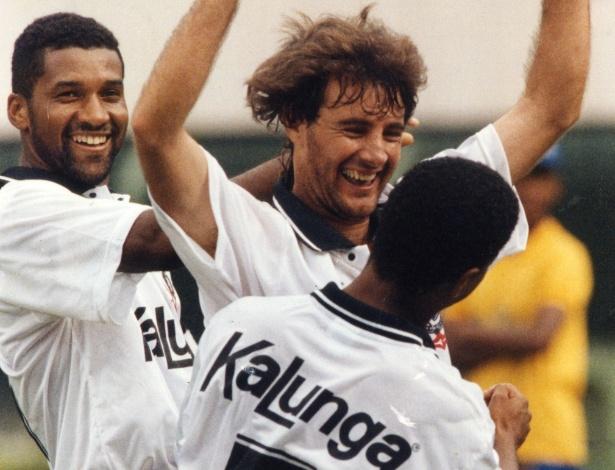 Viola, Wilson Mano e Marcelinho marcaram na final da Copa Bandeirantes em 1994