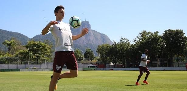 Garoto soma apenas 125 minutos no Brasileirão, mas já tem dois gols - Rubens Chiri/saopaulofc.net