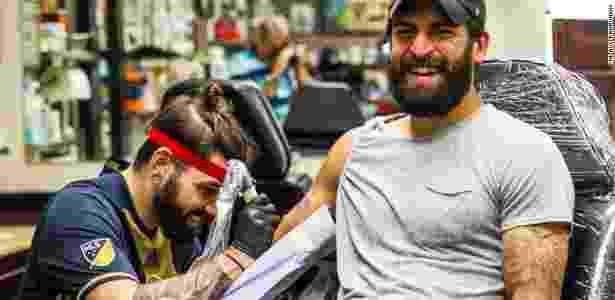 Richei Marquez, zagueiro do Philadelphia Union, usa o novo tatuador do clube - Divulgação