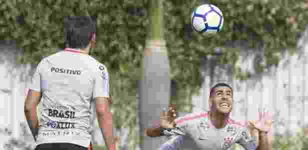 Gabriel no treino do Corinthians: volante disse que time terá postura ofensiva no clássico - Daniel Augusto Jr. / Ag. Corinthians