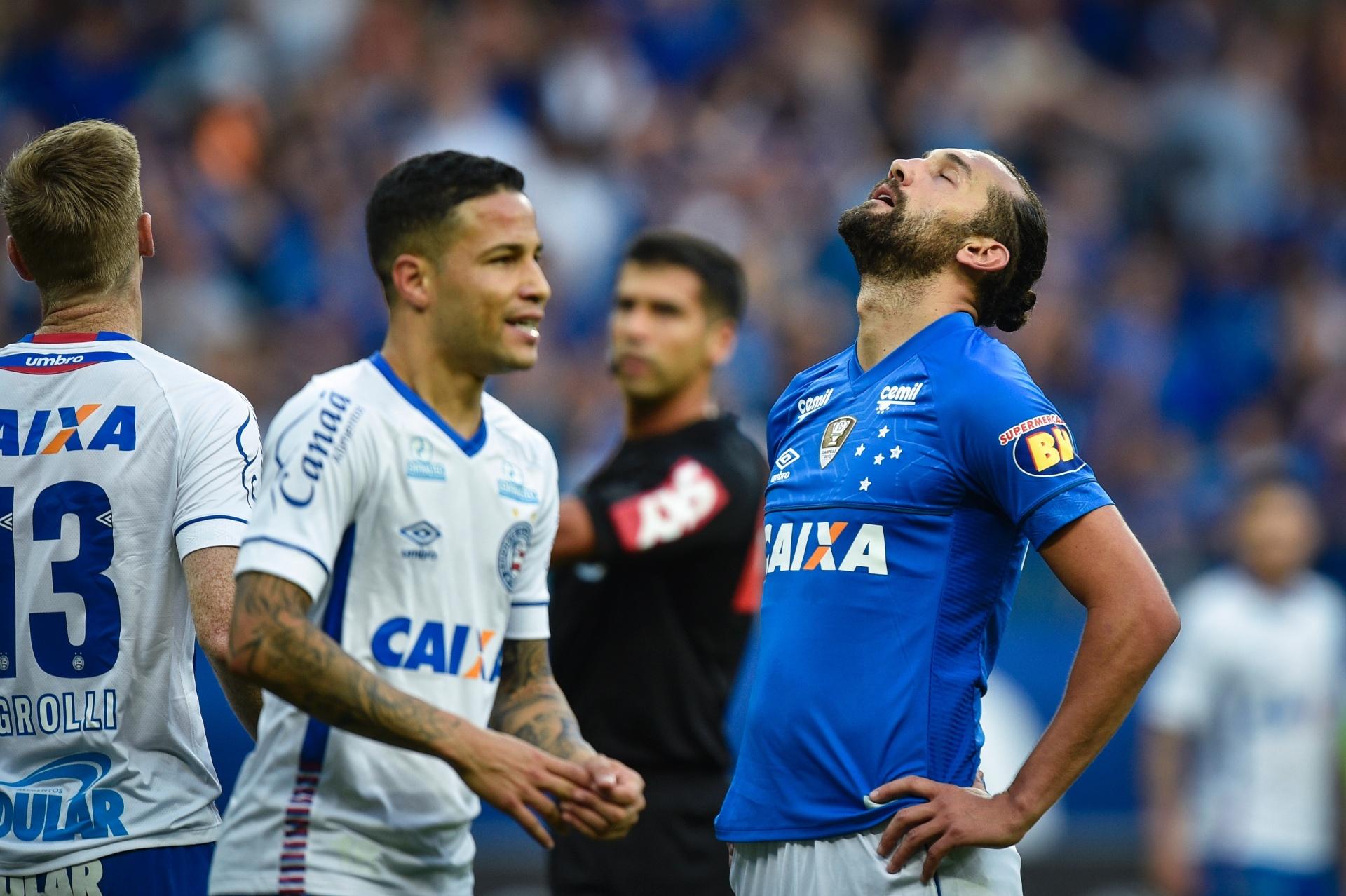 854faf908b Hernán Barcos reconhece má fase no Cruzeiro